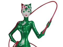 DC Artists Alley Catwoman (Holiday Variant) Figure (Sho Murase)
