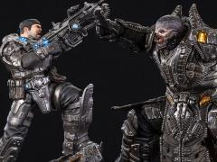 Gears of War HQS Plus Marcus Vs. General RAAM Limited Edition Statue
