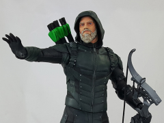 DC's Legends of Tomorrow Green Arrow (Star City 2046) Deluxe Limited Edition Statue