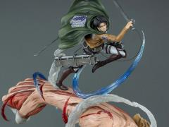 Attack in Titan Levi Vs. Female Titan Limited Edition 1/6 Scale Diorama