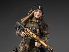 Flecktarn Woman Soldier Kerr 1/6 Scale Figure