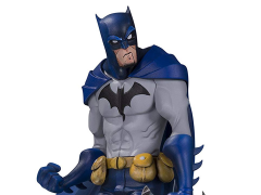 "DC Artist Alley Batman Figure (Hainanu ""Nooligan"" Saulque)"