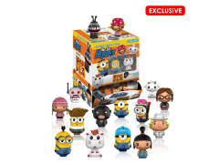 Despicable Me 3 Pint Size Heroes Box of 24 Figures (Exclusive Assortment)