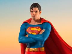 Superman (1978) Deluxe Superman 1/10 Art Scale Statue