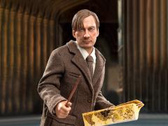 Harry Potter and the Prisoner of Azkaban Remus Lupin 1/6 Scale Figure