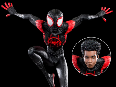 Spider-Man: Into the Spider-Verse Battle Diorama Series Miles Morales 1/10 Art Scale Limited Edition Statue