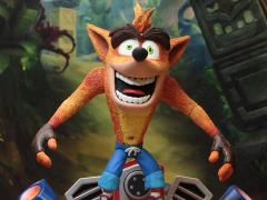 Crash Bandicoot Hoverboard Crash Deluxe Figure