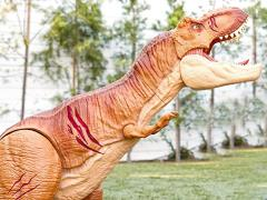 Jurassic World Roarin' Super Colossal Tyrannosaurus Rex (Battle Damaged)