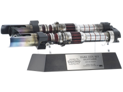"Star Wars: The Rise of Skywalker ""Dark Side"" Rey Lightsaber Limited Edition Replica"