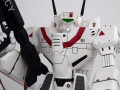 Robotech VF-1J Rick Hunter's Battloid 1/42 Scale Limited Edition Statue