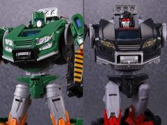 Transformers: Fall of Cybertron TG27 Trailbreaker & Hoist Two Pack