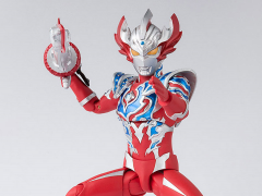 Ultraman S.H.Figuarts Ultraman Taiga Tri-Strium Exclusive