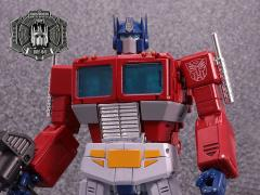 Transformers Masterpiece MP-44 Convoy/Optimus Prime (Ver. 3) With Collectible Pin