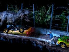 Jurassic Park Battle Diorama Series T-Rex Part A & B 1/10 Art Scale Limited Edition Statue Set