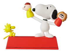 Peanuts Ultra Detail Figure No.546 Puppet Snoopy & Woodstock
