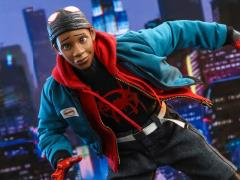 Spider-Man: Into the Spider-Verse MMS567 Miles Morales 1/6th Scale Collectible Figure