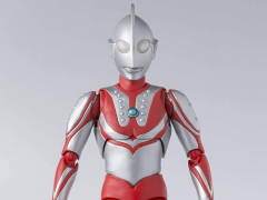 Ultraman S.H.Figuarts Zoffy (2nd Production Run)