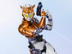 Kamen Rider S.H.Figuarts Kamen Rider Valkyrie (Rushing Cheetah) Exclusive