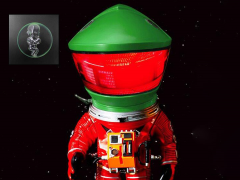 2001: A Space Odyssey Deform Real Discovery Astronaut (Rescue Suit) With Monolith & Star Child