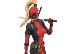 Marvel Premier Collection Lady Deadpool Statue