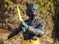 Animal Warriors of The Kingdom Mako Exclusive Limited Edition Figure