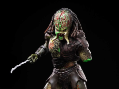 Predators Berserker Predator (Battle Damaged) 1:18 Scale PX Previews Exclusive Action Figure