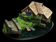 The Hobbit: An Unexpected Journey Hobbiton Mill & Bridge Diorama