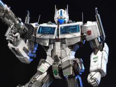 Transformers Generation I Premium Masterline Ultra Magnus Statue