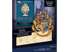 Harry Potter IncrediBuilds Hogwarts Crest Book & 3D Wood Model
