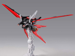 Gundam Metal Build Aile Striker Gundam Exclusive