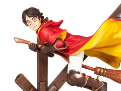 Wizarding World of Harry Potter Quidditch Harry Potter (Year Two) Figurine