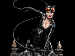 DC Premium Collectibles DC Rebirth Catwoman Limited Edition Statue