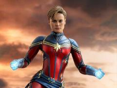 Avengers: Endgame MMS575 Captain Marvel 1/6th Scale Collectible Figure
