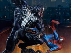 Marvel Spider-Man vs. Venom Maquette