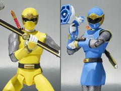 Power Rangers S.H.Figuarts Blue Wind Ranger & Yellow Wind Ranger Set