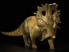 Jurassic Series Sinoceratops Tower Shield Defender 1/35 Scale Figure