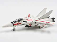"Macross VF-1J Valkyrie ""Rick Hunter"" 1/72 Scale Model"