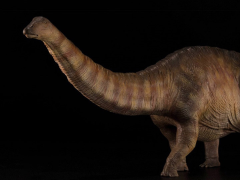 Jurassic Series Apatosaurus (Red and Brown) 1/35 Scale Figure