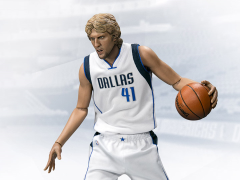 NBA Real Masterpiece Dirk Nowitzki 1/6 Scale Figure