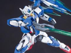 Gundam MG 1/100 00 Qan[T] Model Kit