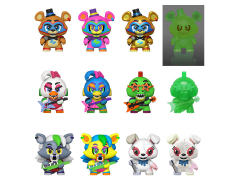 Five Nights at Freddy's Security Breach Mystery Minis Box of 12 Figures