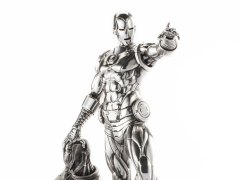 Marvel Iron Man and Ultron 1/6 Scale Limited Edition Statue