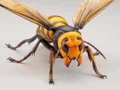 Revoltech RevoGeo Vespa Mandarinia (Asian Giant Hornet)