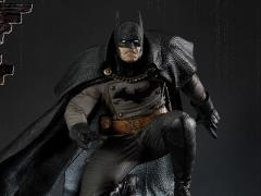 Batman: Arkham Origins Gotham By Gaslight (Black Ver.) Limited Edition 1/5 Scale Statue