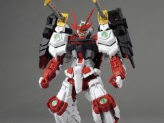 Gundam MG 1/100 Sengoku Astray Model Kit