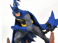 DC Comics Gallery Batman (Classic) Exclusive Figure