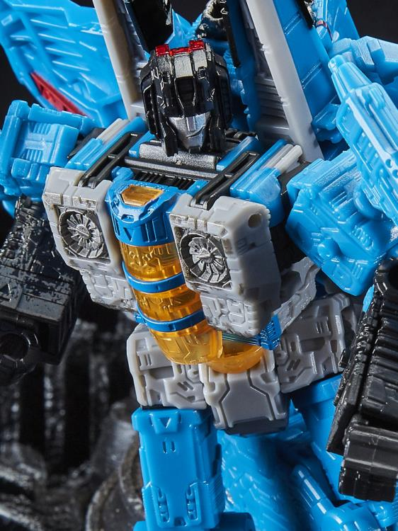 Transformers WFC: Siege Voyager Thundercracker