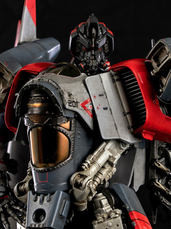 DLX Scale Collectible Series Blitzwing