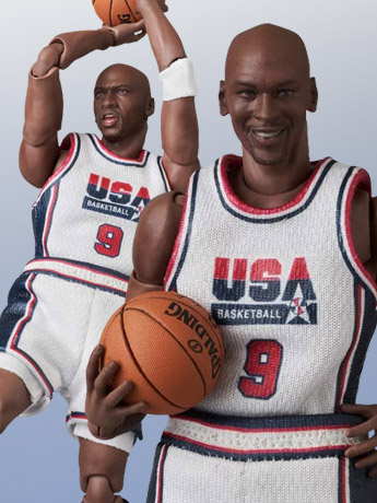 Michael Jordan (1992 Team USA) MAFEX