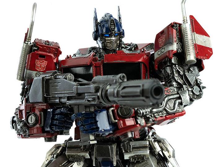 In Stock: DLX Scale Collectible Series Optimus Prime